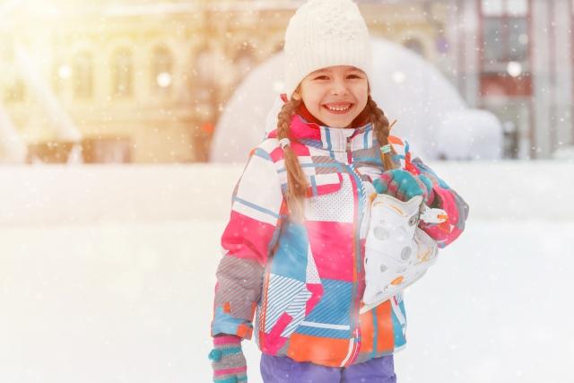スケートする女の子